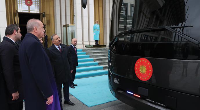 BMC, Cumhurbaşkanına otobüs hediye etti