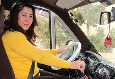 Boşanınca şoför oldu