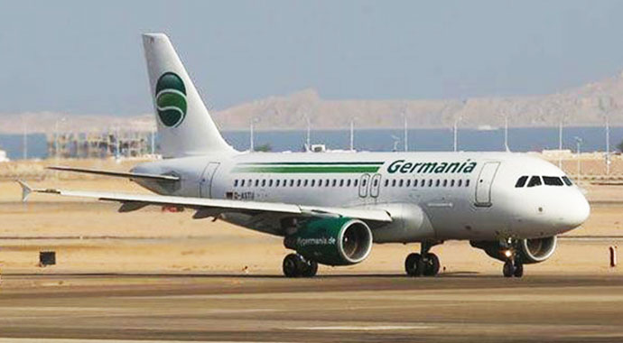 Germania Airlines iflas etti