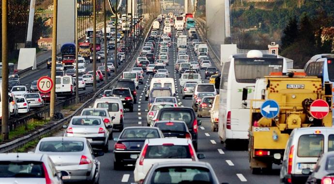 Trafiğe 271 bin 298 araç çıktı