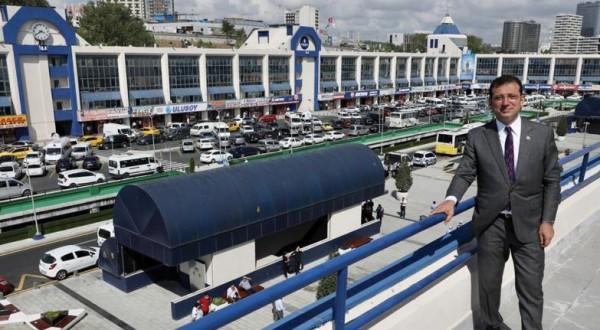 İBB Başkanı İmamoğlu otobüsçüleri sevindirdi