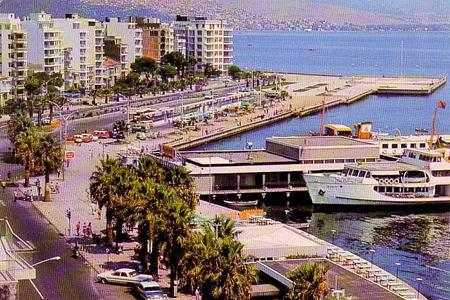 İzmir'de iskeleler yenileniyor