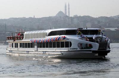 İstanbul 3 modern vapura daha buluştu
