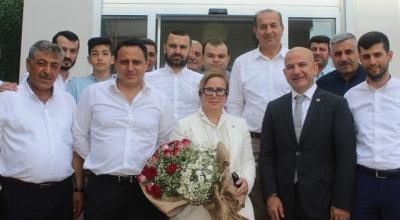 AKP halk otobüsçüsüne kapıları açtı