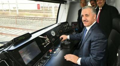 Gebze-Halkalı tren hattı hizmete girecek