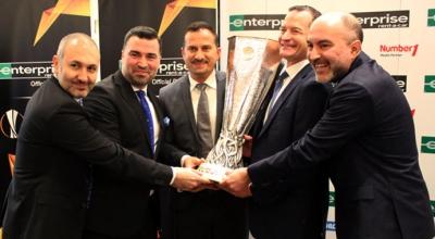 İstanbul'da UEFA Kupası rüzgarı