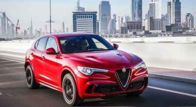 Stelvio Quadrifoglio'ya Yılın Otomobili Ödülü!